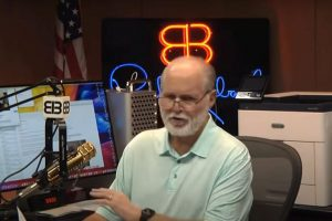 Shocking!!!Rush Limbaugh hid having Lung Cancer from Fans