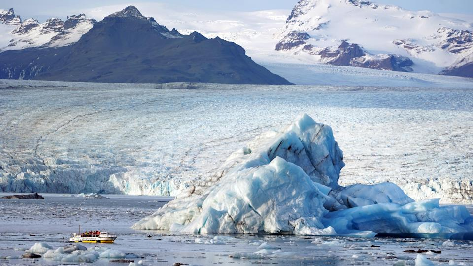 Antarctica Ice Shelf at Risk: Verge of Collapsing Due to Global Warming
