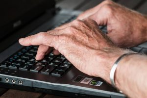 Old People And The Internet