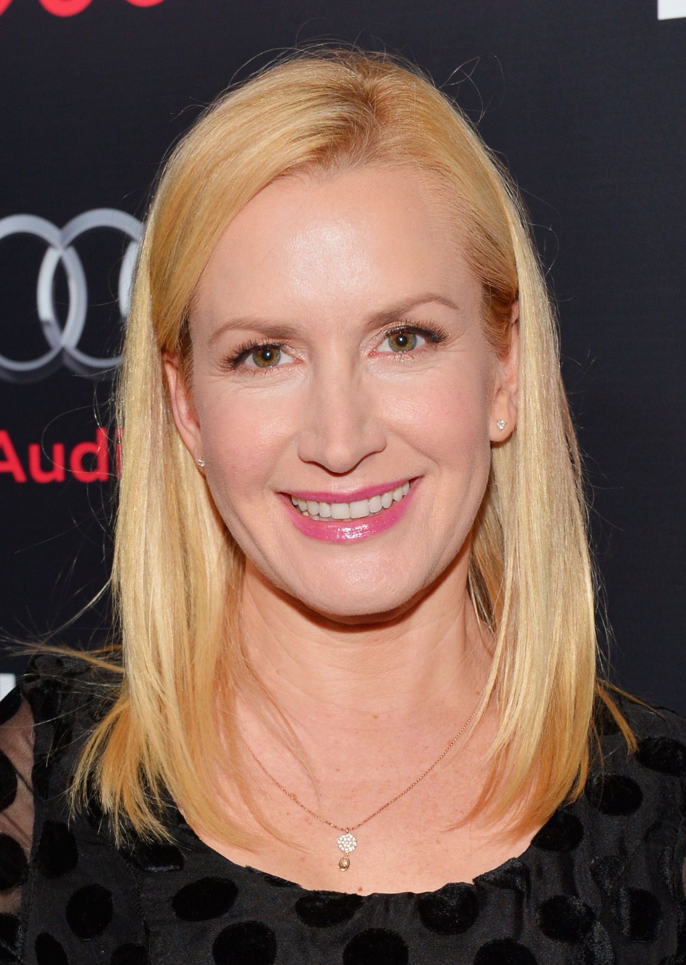 Angela Kinsey Paws For Style You Must Know